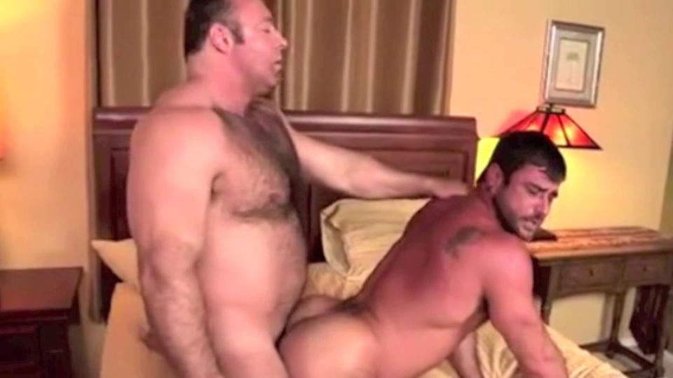 Гей порно медведи видео онлайн