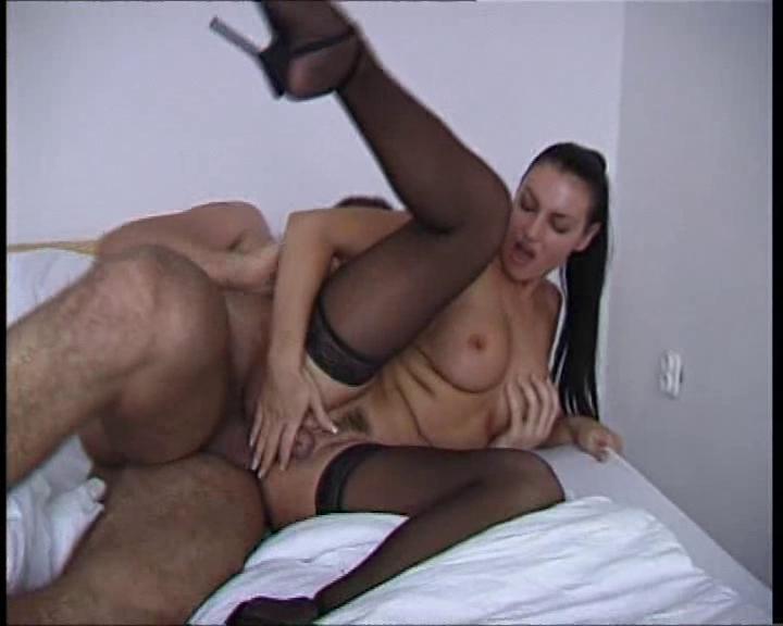 Смотреть порно ролики с laura angel бесплатно
