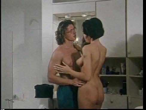 хватает женственности, женщинам Порно видео скрытая камера под юбкой правы. Могу это