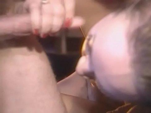 Порно члены партии